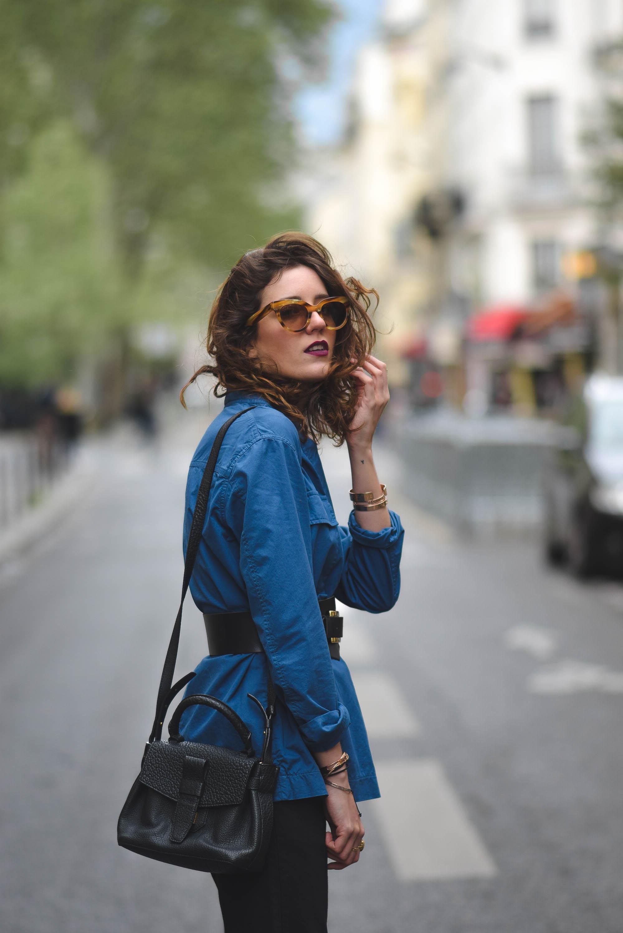 on feet shots of wide varieties get cheap Veste bleue et ceinture corset – Laugh of Artist